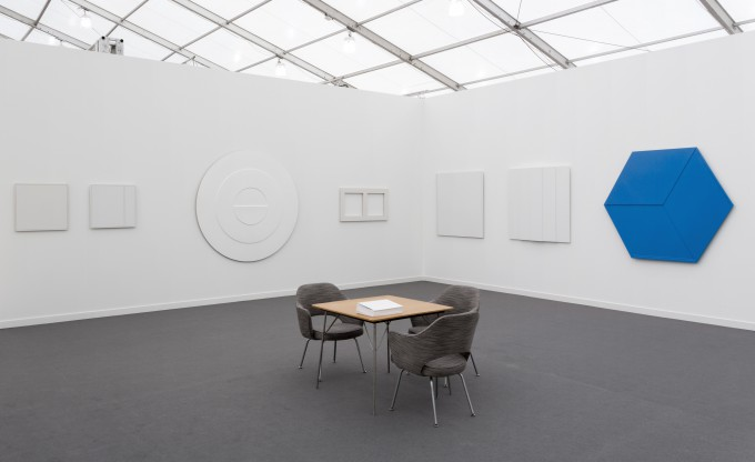 Read more about the exhibition of Frieze New York 2019 at Borzo Art Gallery in Amsterdam